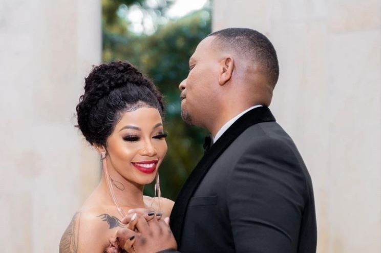 Kelly Khumalo causes commotion with her recent post on social media.