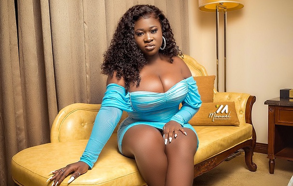 """Your girlfriend will never cheat on you if you give passwords on your phone to her"" – Sista Afia"