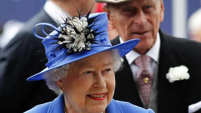 Kenyan teacher points errors in the statement issued by the royal family