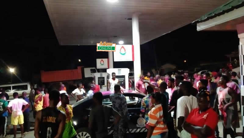26-year-old man shot dead at fuel station (Photos)