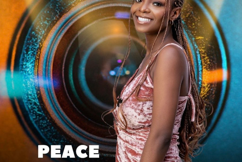 BBNaija 2021: Peace eats the humble pie as she apologizes to Beatrice and the other housemates